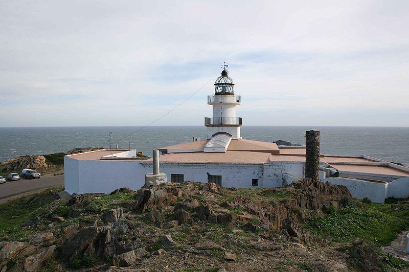 File:Faro Cabo de Creus.jpg