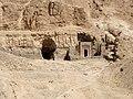 Felsengräber Deir el-Bahari 04.JPG
