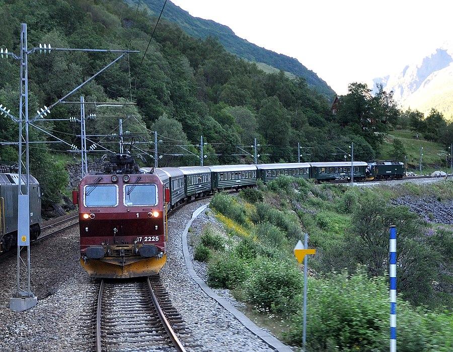 Berekvam Station