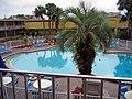 Florida 2006, Pool at Hotel - panoramio.jpg
