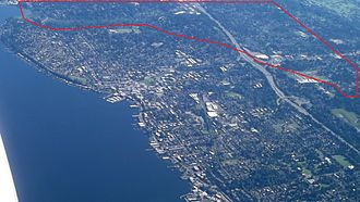 Forbes Creek (Washington) - Aerial view of Kirkland with Forbes Creek watershed highlighted. North is up. Downtown Kirkland on Moss Bay is slightly left of center, Juanita Bay is at upper left. Forbes Lake is northeast of the I-405 cloverleaf.