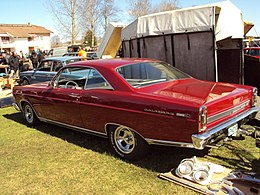 Ford Fairlane 500XL (4548226053).jpg