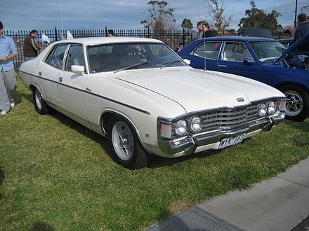 1973–1976 Ford ZG Fairlane 500 (with aftermarket alloy wheels) - Ford Fairlane (Australia)