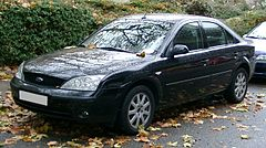 Ford Mondeo Mk III przed faceliftingiem