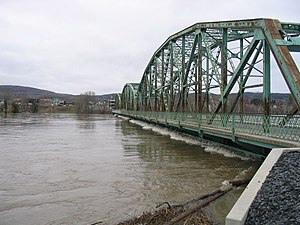 Fort Kent Maine Bridge during flood 2008.jpg