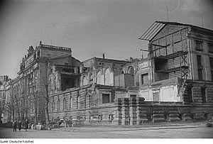 Leipzig University Library - Image: Fotothek df roe neg 0006414 016 Blick auf das Albertinum