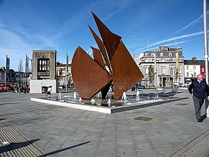 Éamonn O'Doherty (sculptor) - Image: Fountain Galway 01