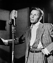 ee69091c Frank Sinatra discography. Black and white photograph