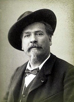 Frederic Mistral portrait photo.jpg