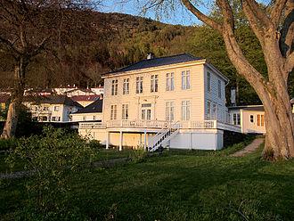 Asbjørn Herteig - Christinegård in  Sandviken