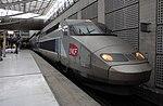 Gare SNCF Aéroport Charles-de-Gaulle 2 TGV – rame TGV Duplex 290, sur la Voie 6.JPG