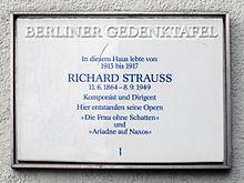 Berliner Gedenktafel am Haus Heerstraße 2, in Berlin-Westend (Quelle: Wikimedia)