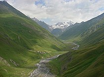 Georgia, Khevi, Suatisi Valley - Village Suatisi.jpg
