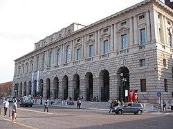 La Gran Guardia, iniziata dai veneziani e conclusa dagli austriaci