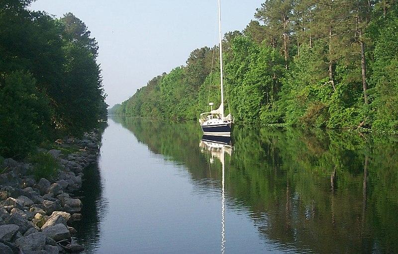 File:Great Dismal Swamp Canal.jpg