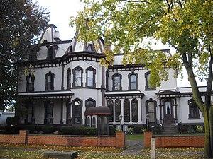 Henry DeLand House - Image: Green lantern inn fairport ny