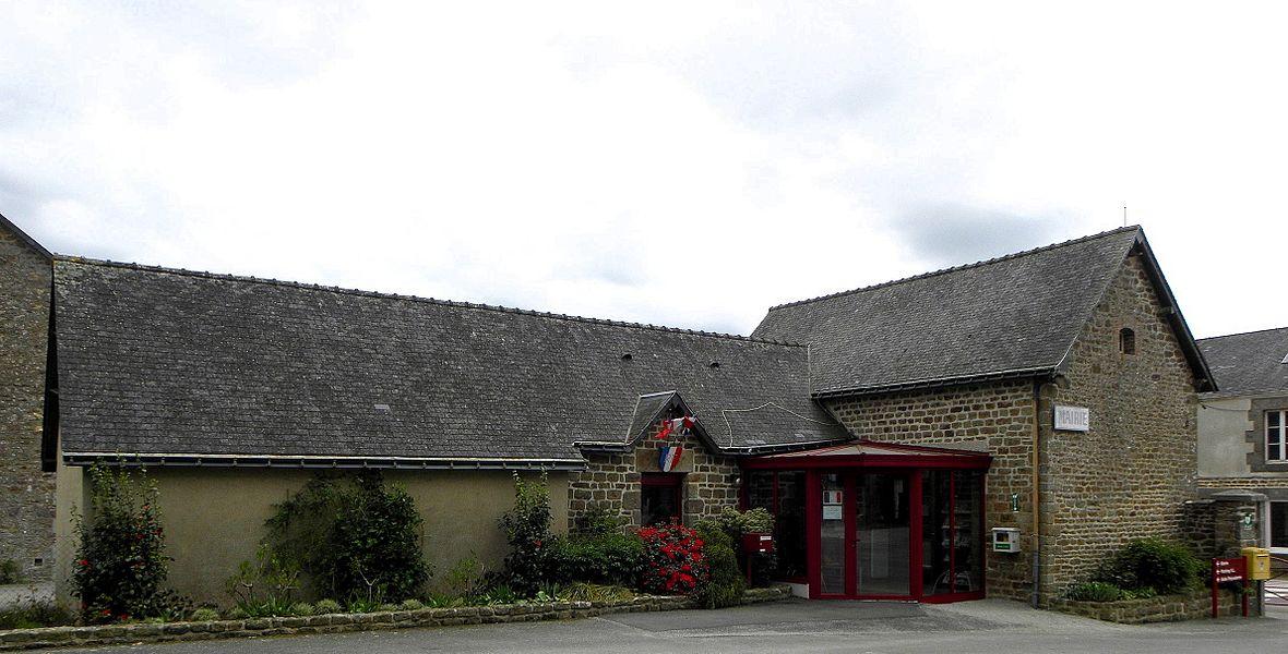 Mairie de Hercé (53).