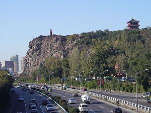 Hong Shan - Hong Shan seen from Xi Daqiao Bridge, Ürümqi