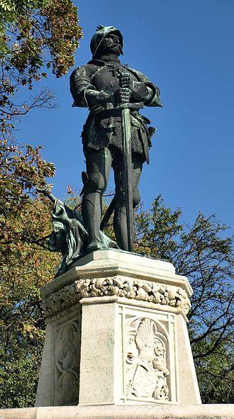 Vlad II Dracul - John Hunyadi, who dethroned Vlad Dracul in 1447 (a sculpture by István Tóth in Budapest)