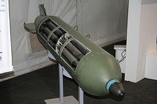 Anti-runway penetration bomb