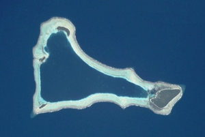 Sikaiana - Image: ISS002 E 6385sikaiana