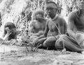 Indianer med fälla. Bolivianska Chaco. Gran Chaco - SMVK - 004817.tif