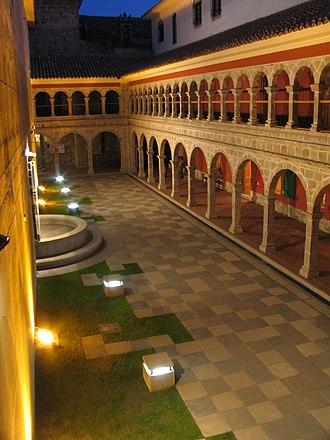 San Francisco Church (La Paz) - Image: Inside San Francisco Bolivia 02