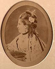 http://upload.wikimedia.org/wikipedia/commons/thumb/9/97/Isabella_Eugenie_Boyer.jpeg/180px-Isabella_Eugenie_Boyer.jpeg