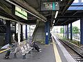 JREast-Sagami-line-Samukawa-station-platform-20100523.jpg