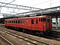 JRW Kiha 40-2047 at Tokuyama Station 20170502.jpg