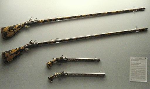 Japanese lacquer guns - Staatliches Museum für Völkerkunde München - DSC08376