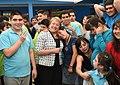 """Jefa de Estado visitó el centro Aspaut Cordillera en el marco del """"Día Mundial del Autismo"""" (16986442296).jpg"""