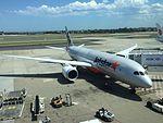 Jetstar 787 VH-VKR at MEL (32221266182).jpg