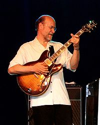 John scofield 2004-07-23.jpg