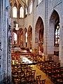 Joigny St. Thibault Innen Langhaus Ost 1.jpg