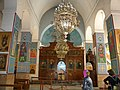 Jordan, Madaba. Greek Orthodox Basilica of Saint George (interior - Candelabre) DSCN0916.jpg