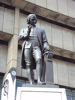 Joseph Priestley statue, Chamberlain Square, Birmingham - DSC08788