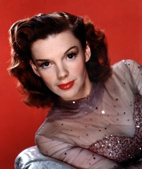 Judy Garland publicity photo