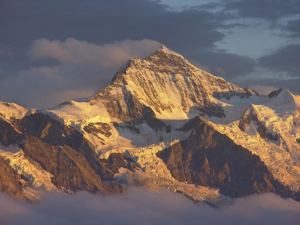 Alpit – Wikipedia