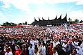 Kampanye tertib dan aman puluhan ribu massa PKS Padang.jpg