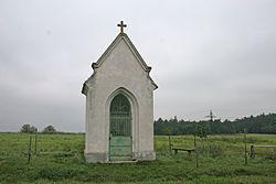 Kaplička, při silnici z Žerůtek do Kravska.JPG