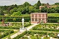 Kenilworth Castle Gardens (9773).jpg