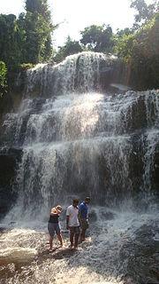 Kintampo waterfalls 3.jpg