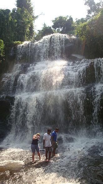 Kintampo waterfalls - Image: Kintampo waterfalls 3