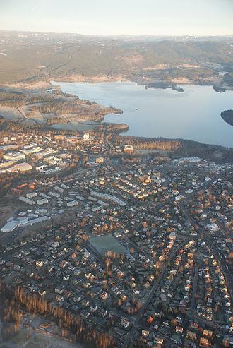 Nordre Aker - Image: Kjelsaas og maridalsvannet aerial