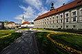 Klagenfurt Landhaus Suedostansicht und Heiligengeistkirche 25042009 38.jpg