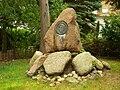 Klein Rogahn Gedenkstein Felix Stillfried.jpg
