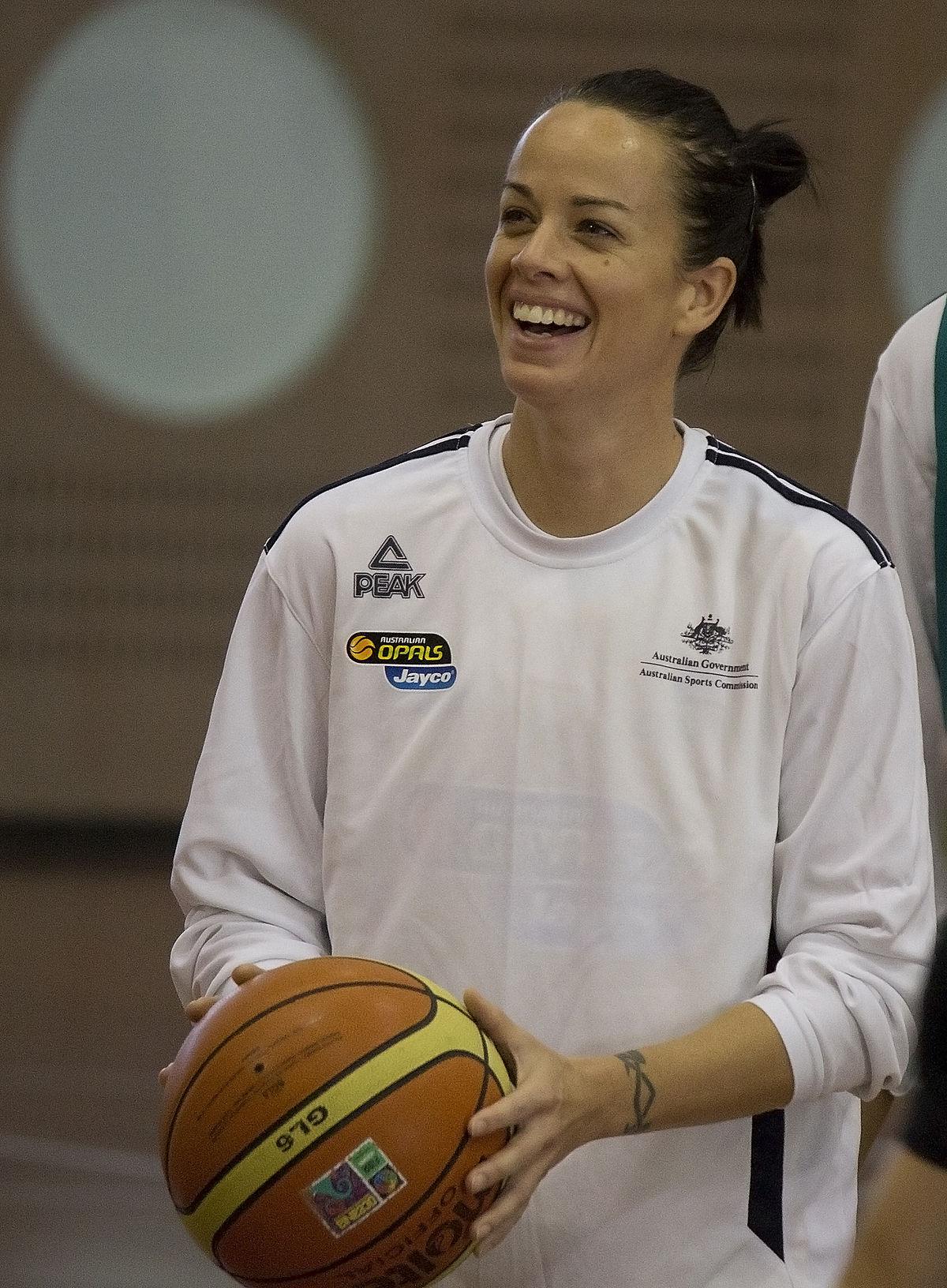 Kristen Veal - Wikipedia