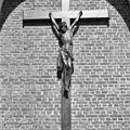 Kruisbeeld aan exterieur - Stevensweert - 20205843 - RCE.jpg