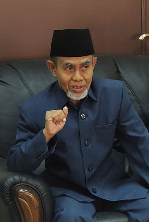 Pondok Modern Darussalam Gontor - Hasan Abdullah Sahal, the kyai and the chairman of PMDG since 1985.